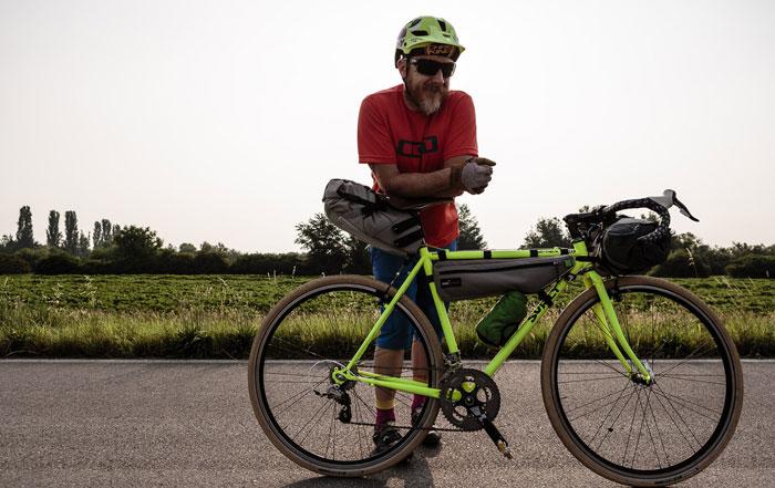 Bike Packing: innovative borse della Ortlieb e Miss Grape