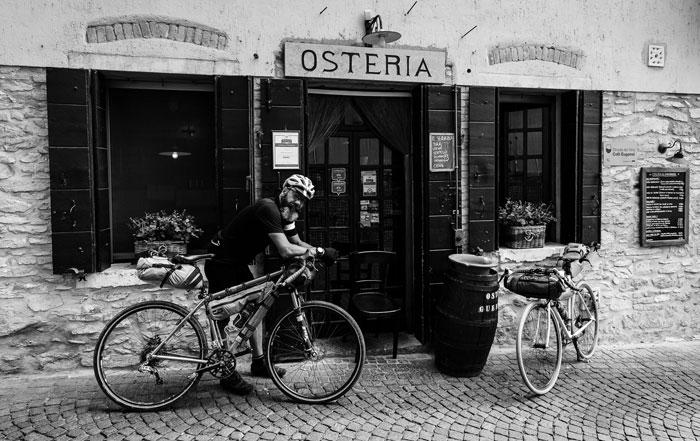 Bike Packing Miss Grape
